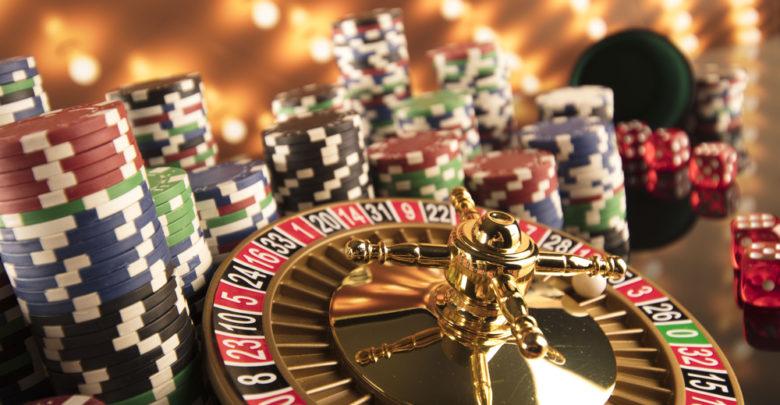 Casino live VS Casino en ligne : lequel l'emporte ?